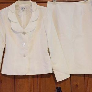 Le Suit Skirt Suit NWT